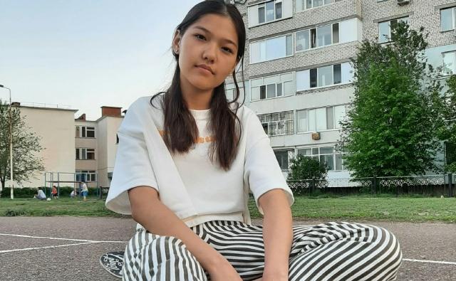 Thumbnail для -  Аружан Байсариева, 17 лет